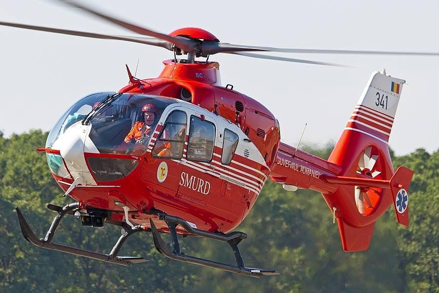 SMURD-emergency-rescue-helicopter_4e02a.jpg