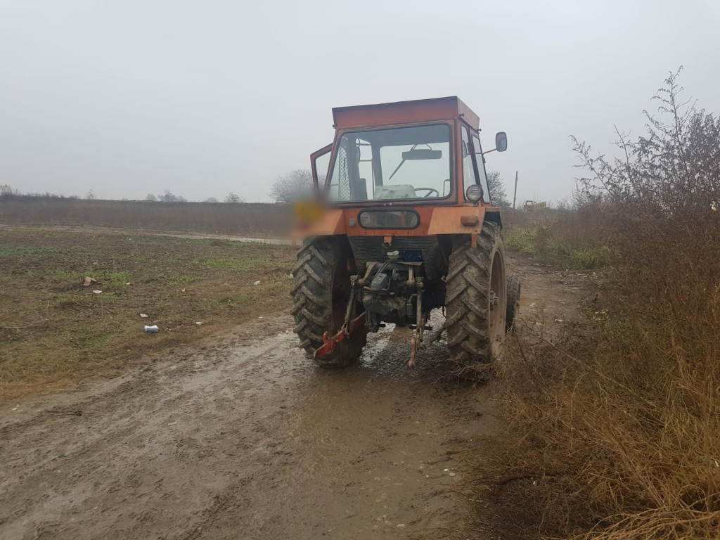 tractor-accident (1).jpg