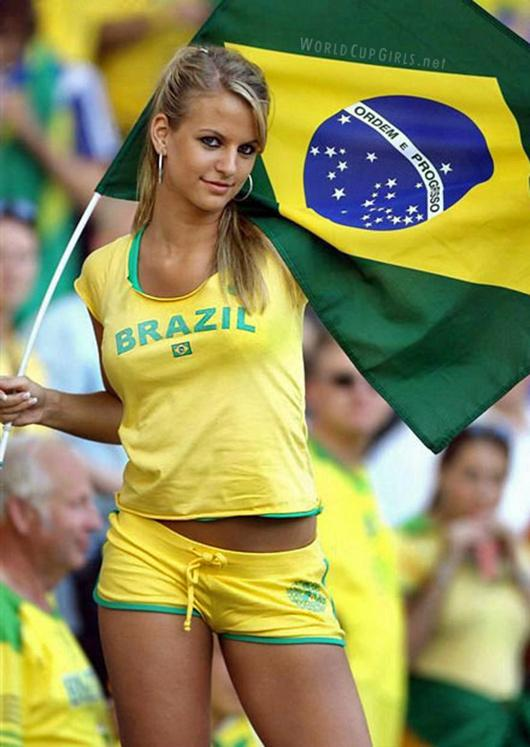 world-cup-hotties-01_brazilian.jpg