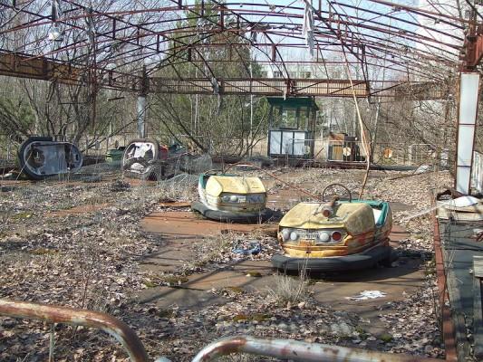 800px-Pripyat-Bumpercars