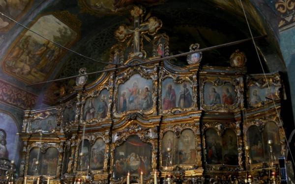 interior-Manastirea-Zamfira