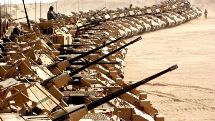 Imagini pentru Sute de tancuri americane şi camioane ajung în Europa de Est, inclusiv în România
