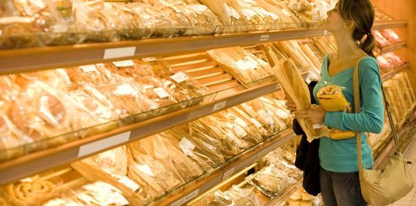Un nou studiu despre paine ne confirma un lucru extrem de grav, habar nu avem ce mancam. Painea feliata de exemplu, este plina de aditivi, conservanti si ingrediente care, in unele cazuri, nici nu sunt mentionate pe eticheta.