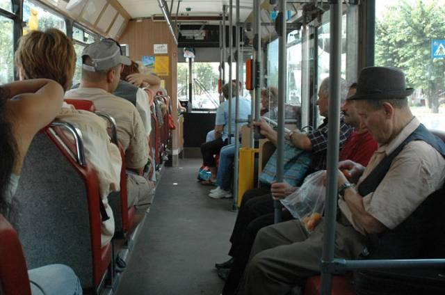 autobuz pensionari