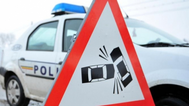 accident-circulatie-masina-politie.jpg