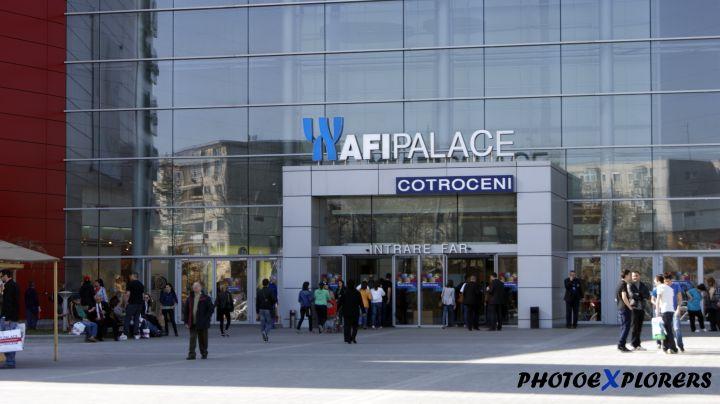 Procurorii au trimis miercuri in judecata compania SC Cotroceni Park SA (care detine mall-ul AFI Cotroceni din Bucuresti), precum si trei angajati de la varful companiei, pentru evaziune fiscala estimata la peste 20 de milioane de lei. Cei trei angajati trimi in judecata sunt Laura Croitoru (director economic), Daniel Pohaci (in calitate de contabil sef) si Gabriela Alexe.