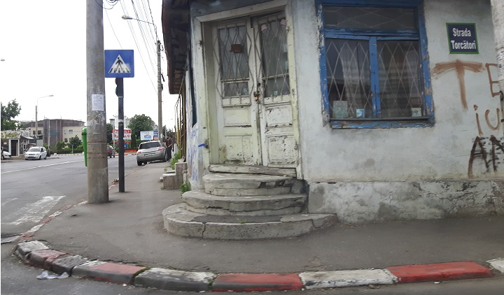 casa-intersectie-cioceanu-ploiesti.jpg