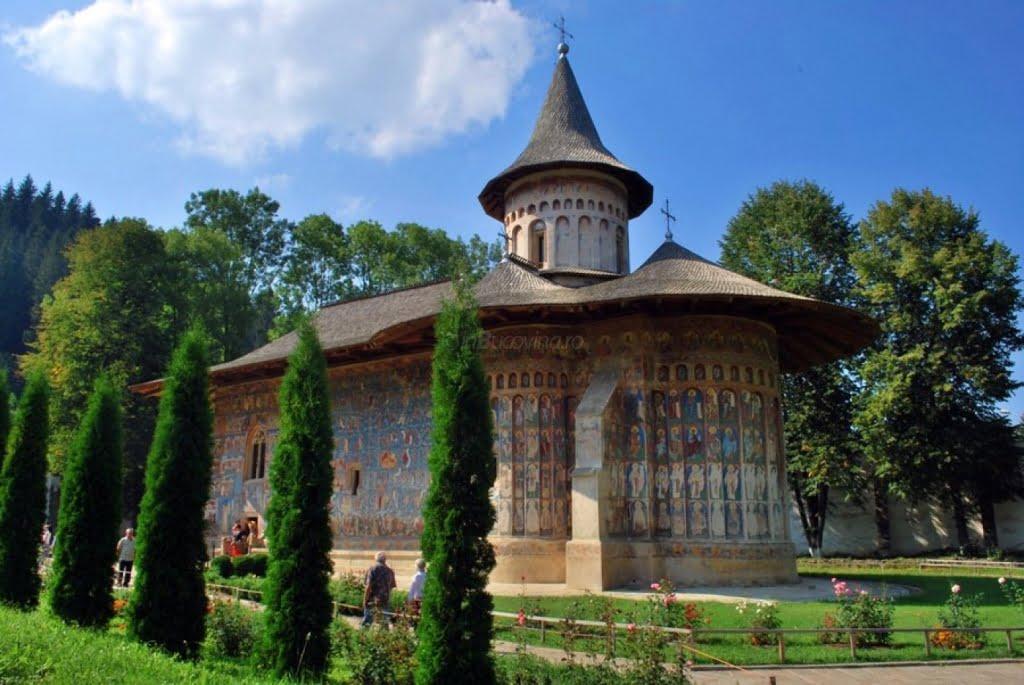 Manastirea-Voronet.jpg