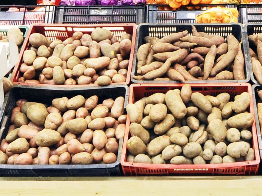 744768-1533211682-vom-avea-cartofi-mai-putin-si-mai-scumpi-din-toamna_679c7.jpg
