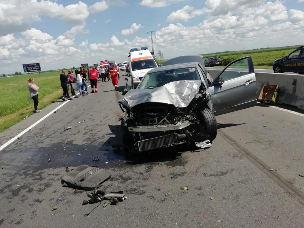 accident-dn1-baicoi-trafic-persoane-ranite-politia-ambulanta_d9379.jpg