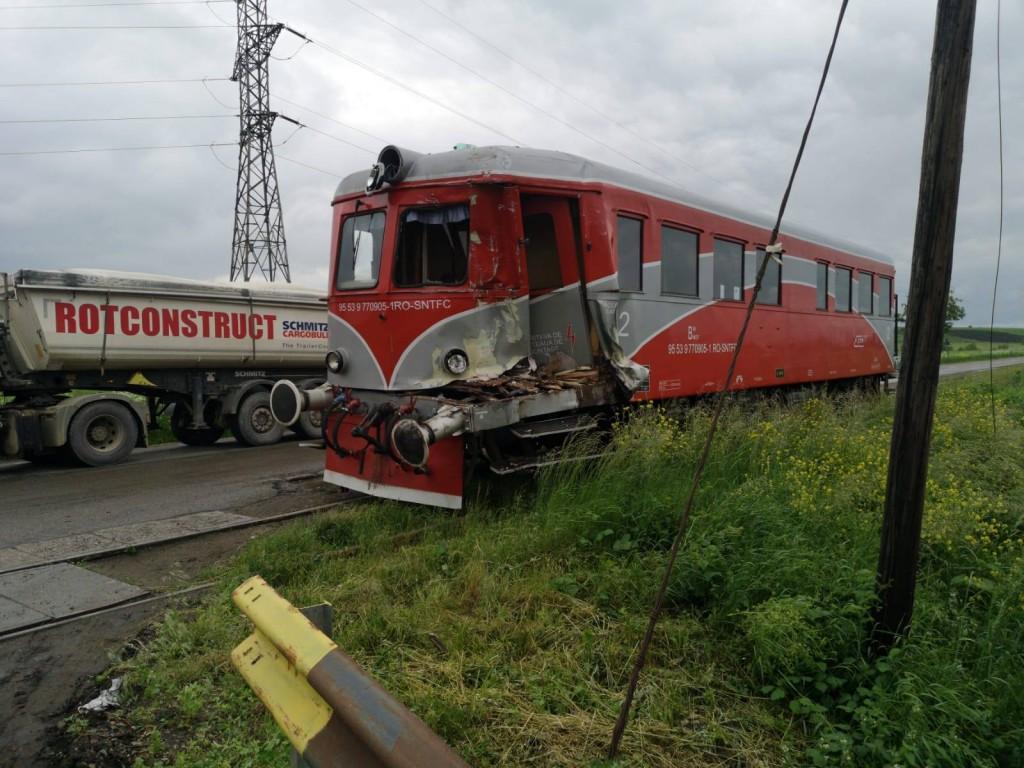accident-feroviar_52a0b.jpg