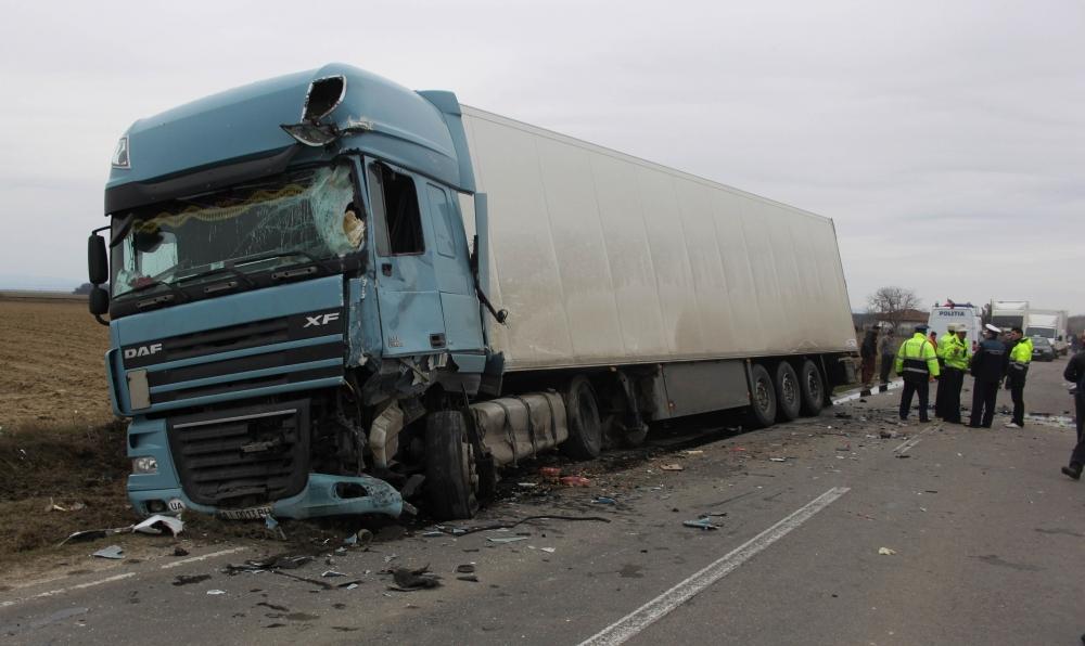 accident-tir_8ab70.jpg