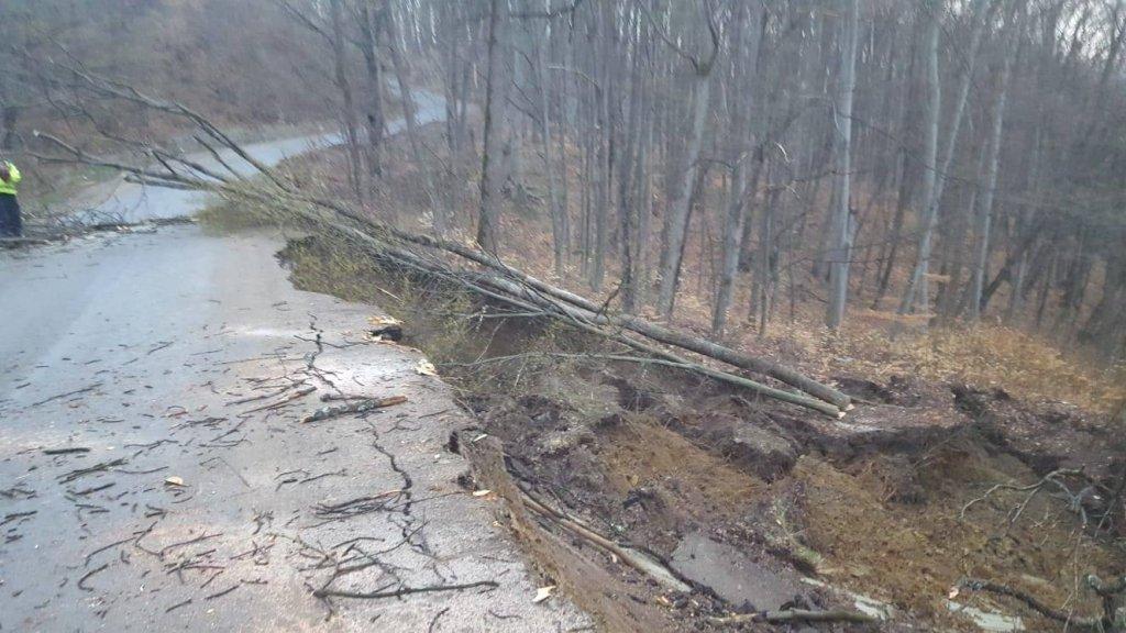 alunecare-teren-prahova-localitati_c048b.jpg