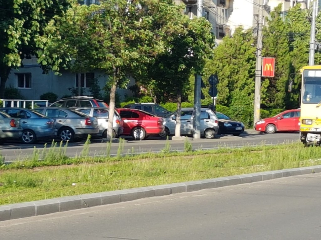 balarii-linia-tramvai_2a04f.jpg