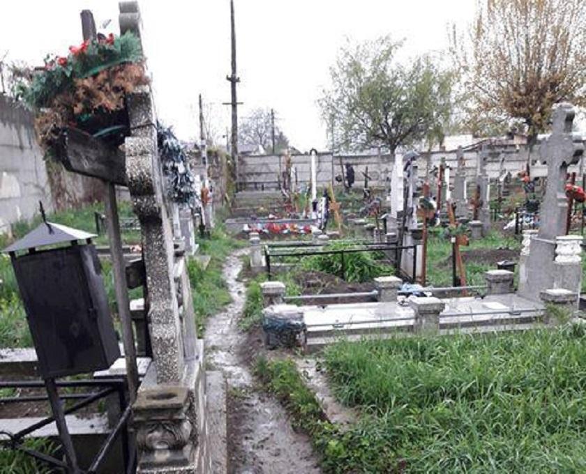 cimitir-ploiesti_45179.jpg
