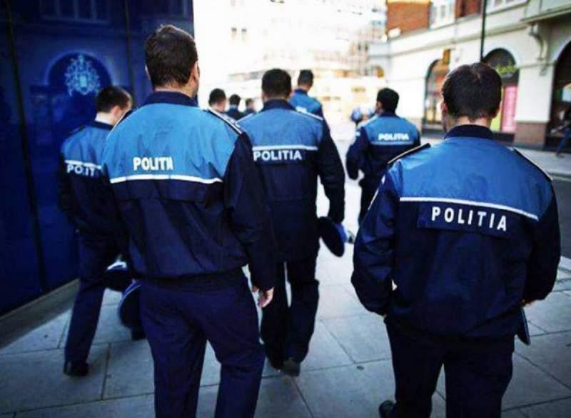 politisti-mare-actiune-combatere-consum-droguri_2f610.jpg