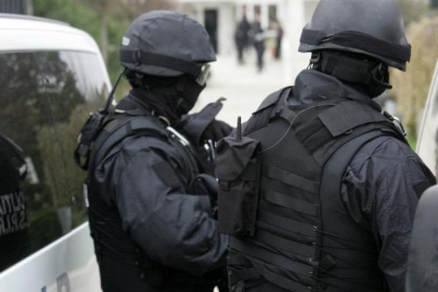 procuratura-si-politia--in-actiune-28-de-perchezitii-sunt-efectuate-in-tara-la-moment-1515154624_34b2d.jpg