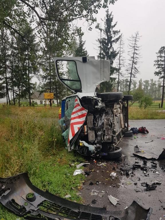accident-dn1-brasov-fagaras-victime-autoutilitara_1f37d.jpg