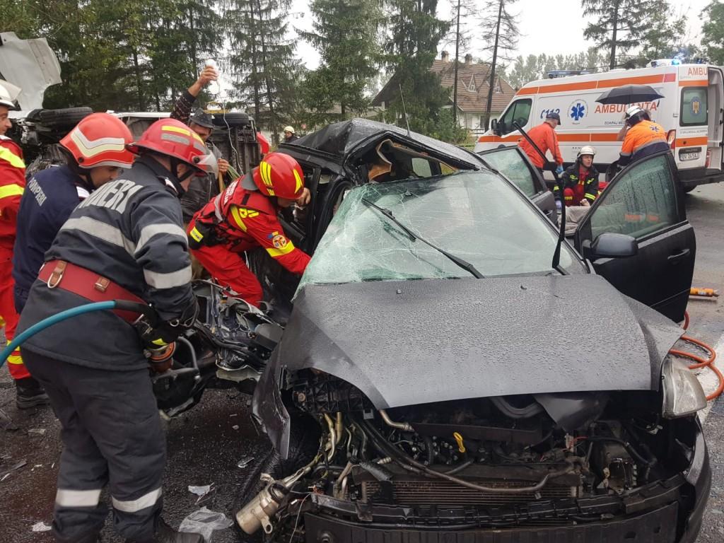 accident-grav-dn1-brasov_c8ea4.jpg