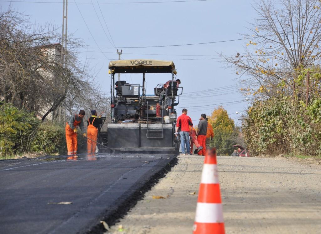 lucrari-asfaltare_9001b_9c19b.jpg