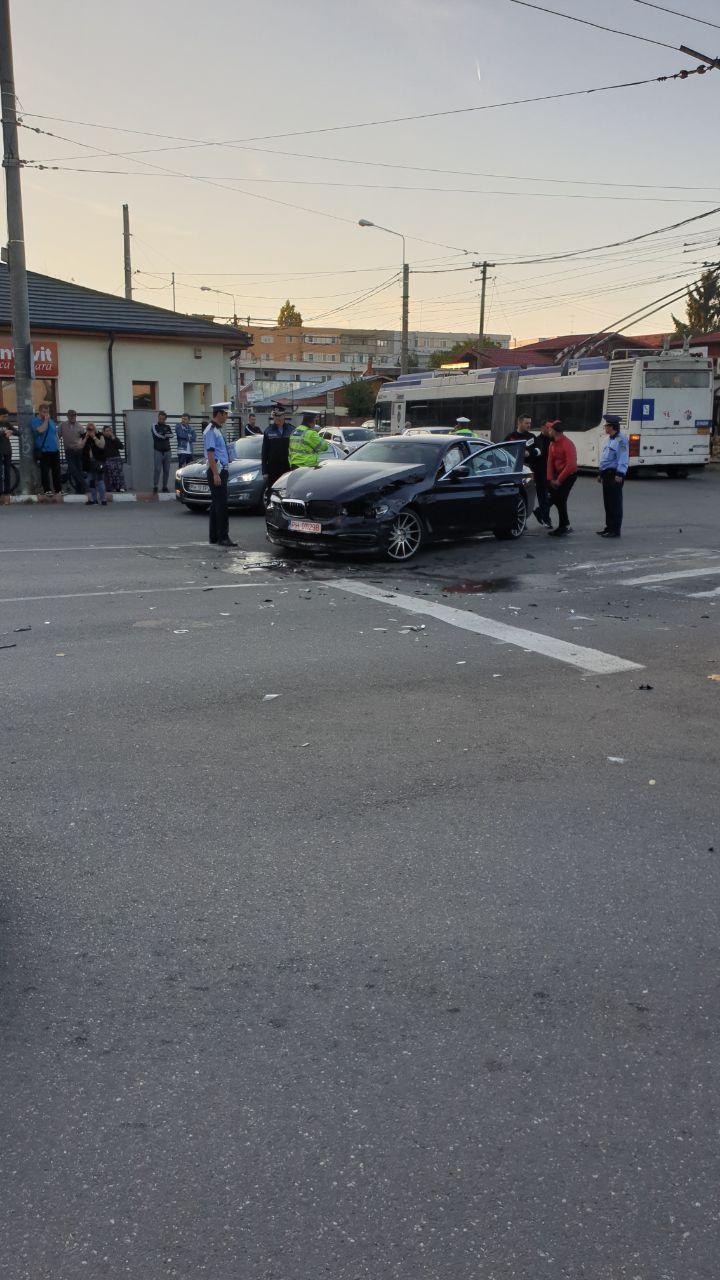 autoturism-accident-avariat_c7b46.jpg