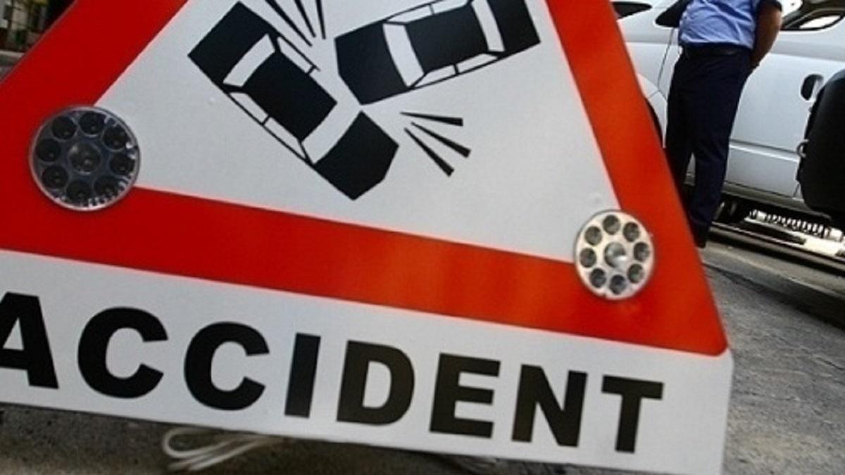 accident-grav-in-teleorman-patru-victime-dupa-ce-un-tren-a-lovit-un-tir-541702_56f5c.jpg