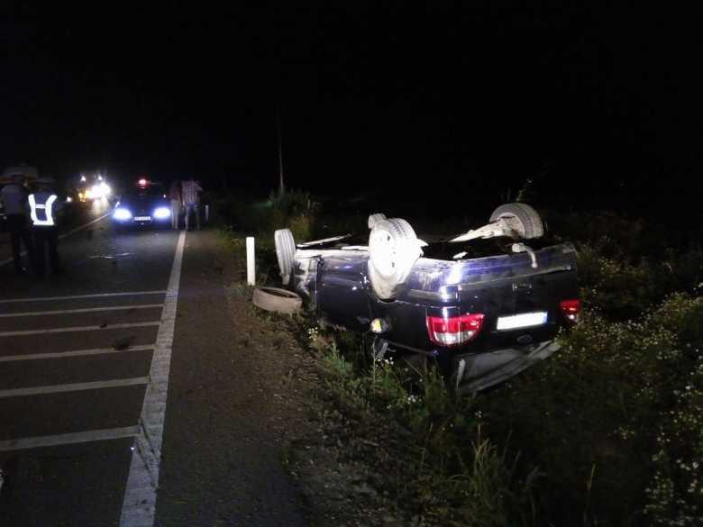 accident-masina-rasturnata_b2f2e.jpg
