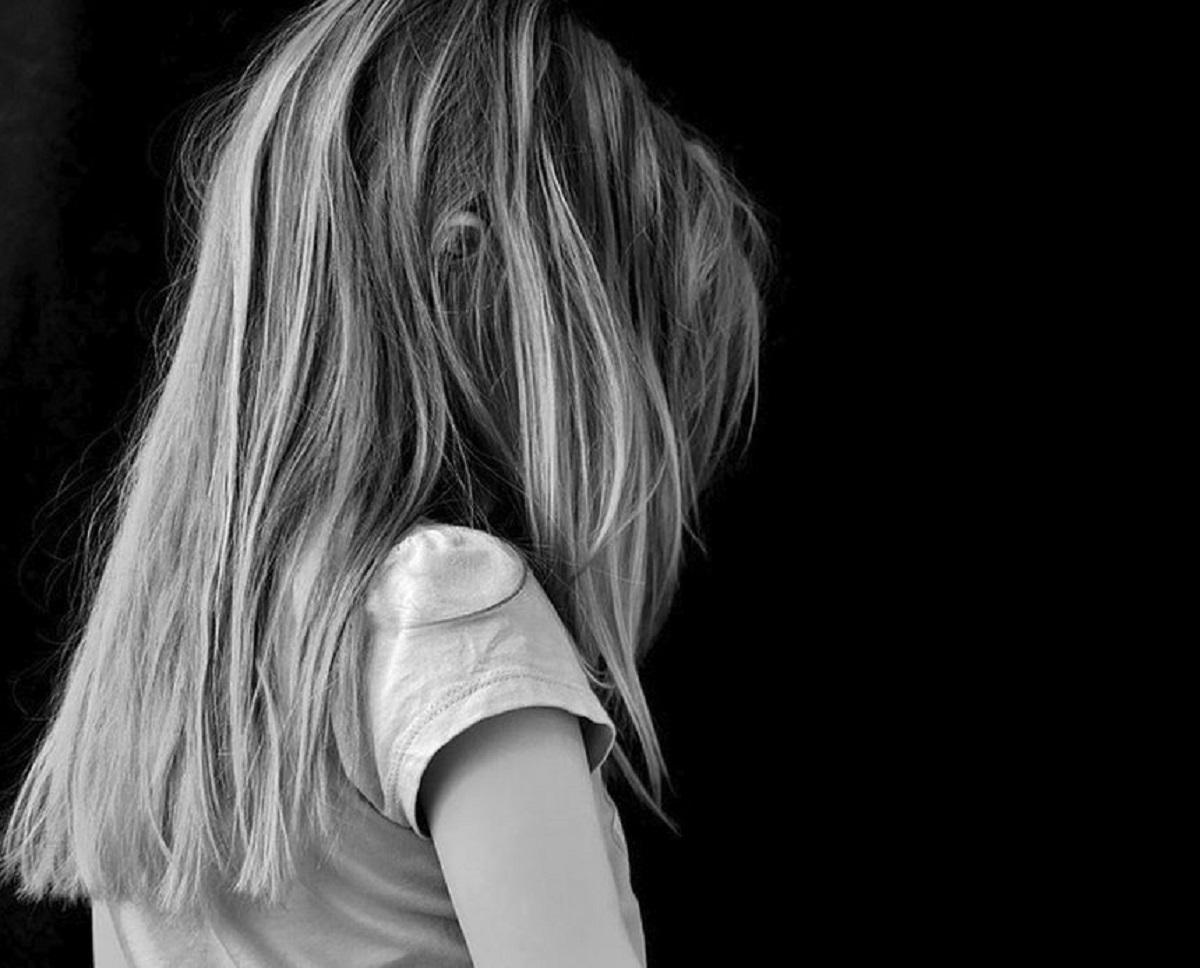 fetita-abuzata-frate-bucuresti_802e7.jpg