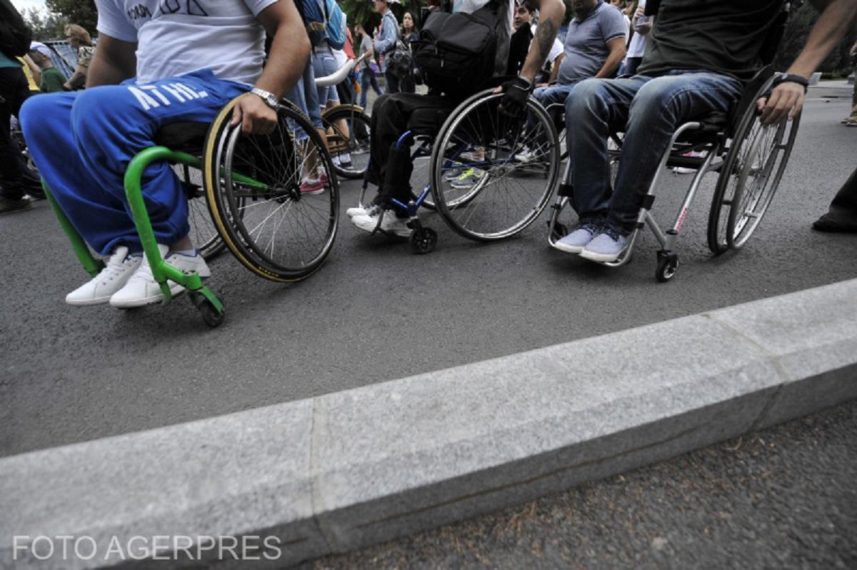 persoane_handicap_f732a.jpeg