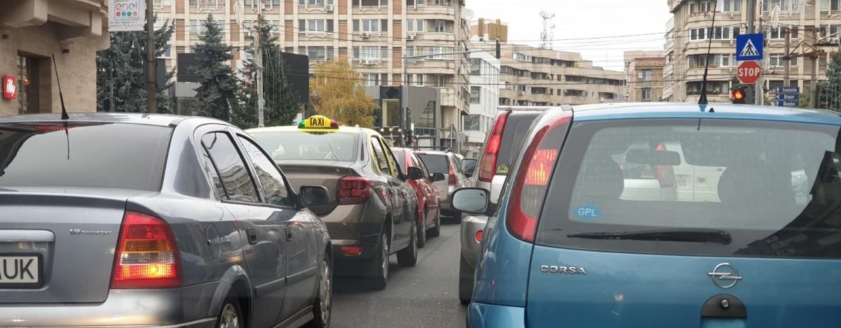trafic-paralizat_2f671.jpg