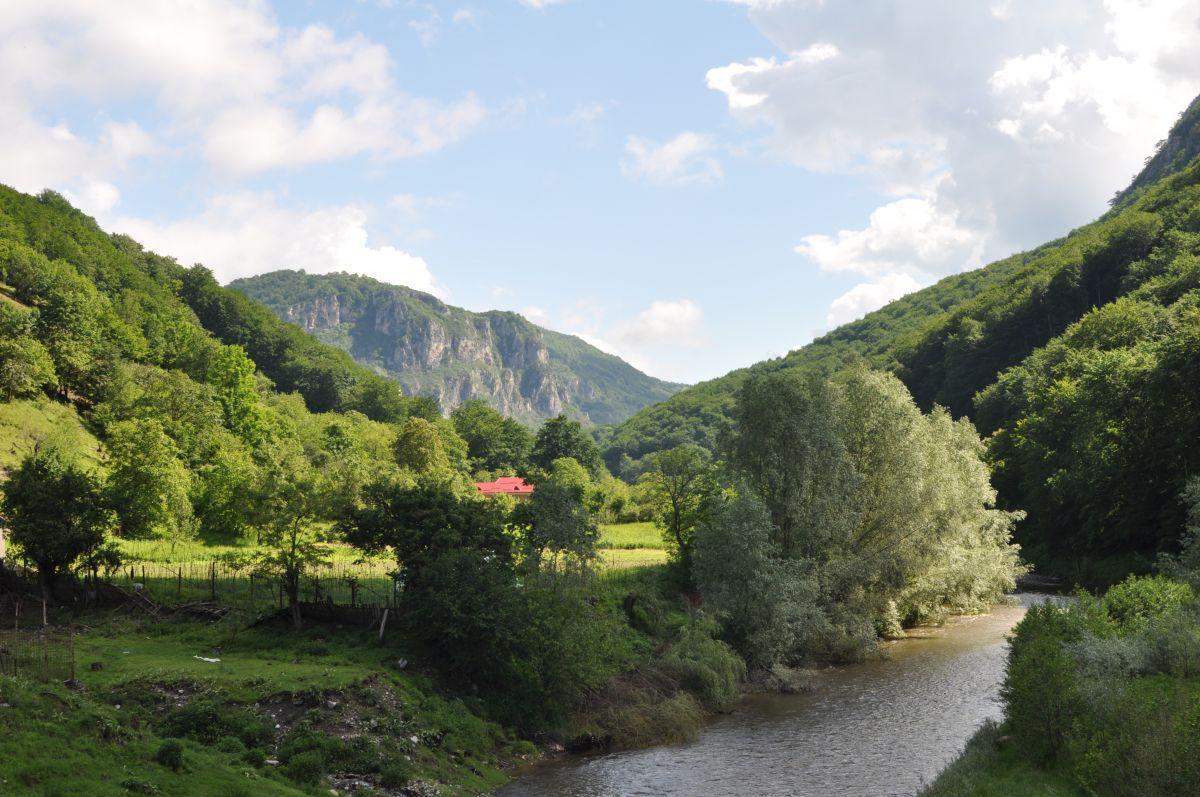 Parcul_Național_Domogled_-_Valea_Cernei_dd0ee.jpg