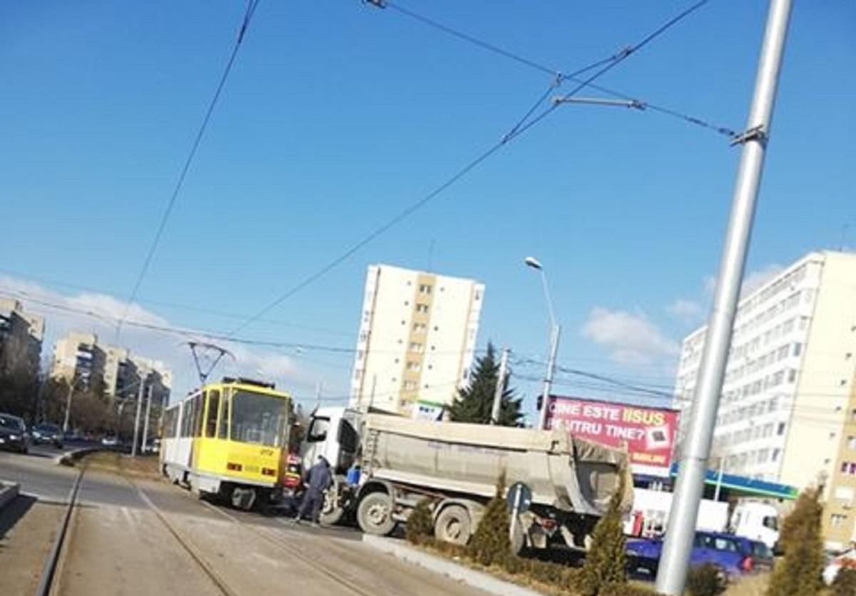basculanta-tramvai_2fcab.jpg