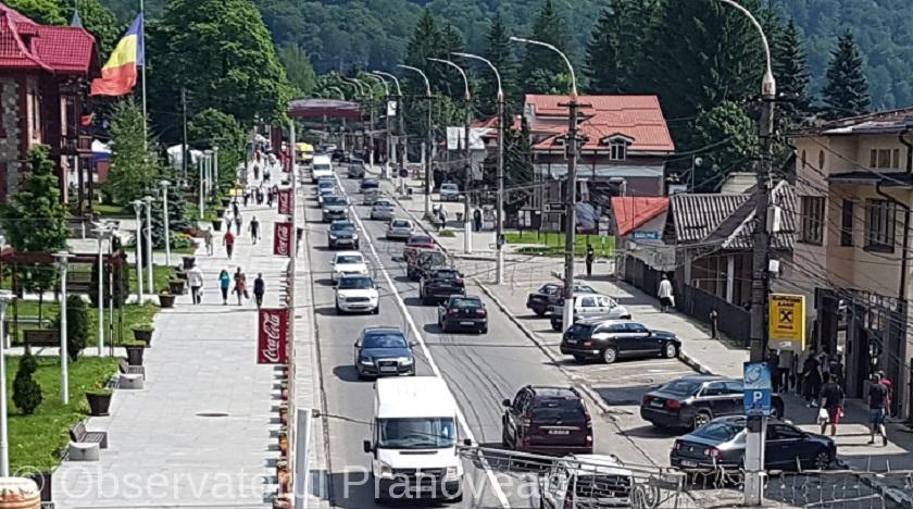 coloana-masini-trafic-aglomerat-busteni-comarnic_d9760.jpg