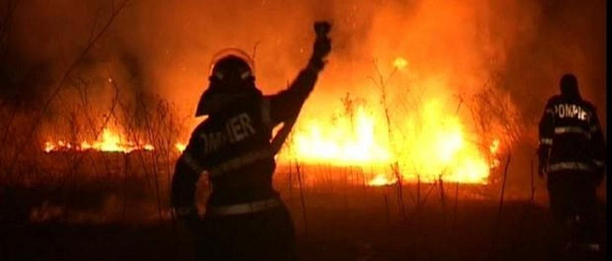 incendiu-jugureni-lapos_6d594.jpg