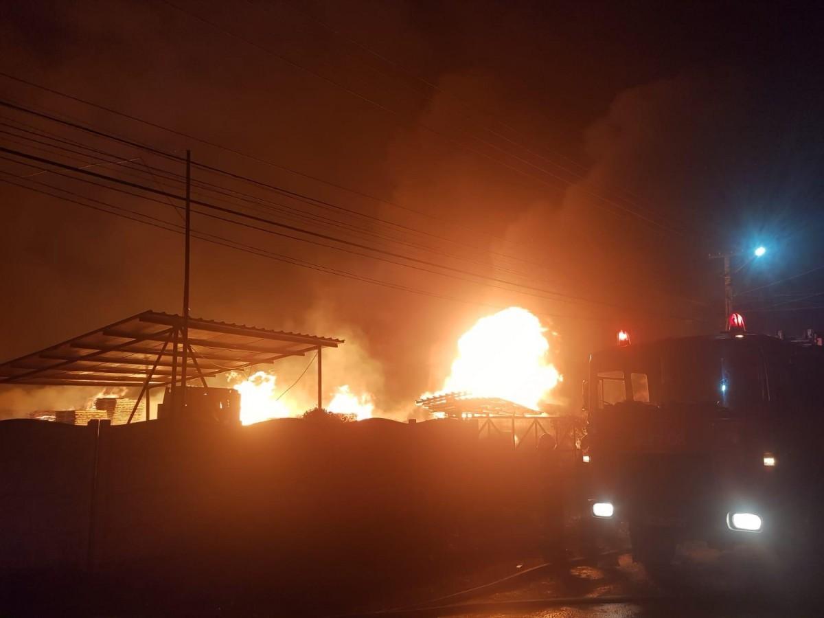 pompieri-incendiu-urlati_18e11.jpg
