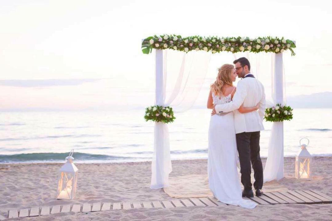 nunta-plaja-preturi_b96ba.jpg