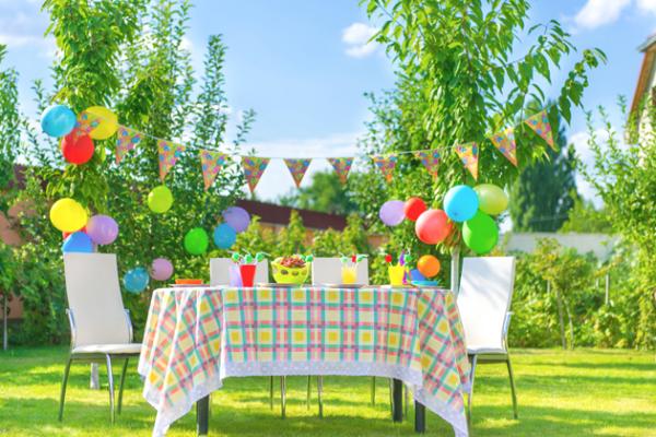 Câte persoane pot participa la o petrecere la domiciliu fără să fie amendate de polițiști