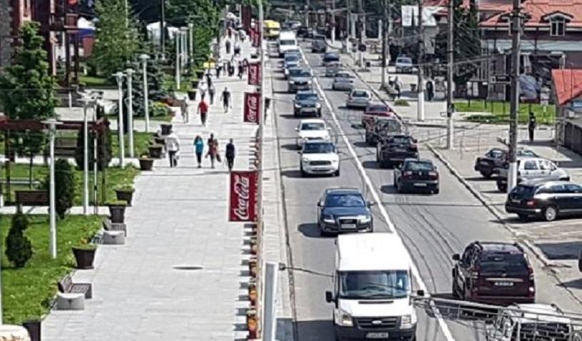 Trafic aglomerat pe DN1, pe Valea Prahovei, în Posada, Comarnic și Bușteni
