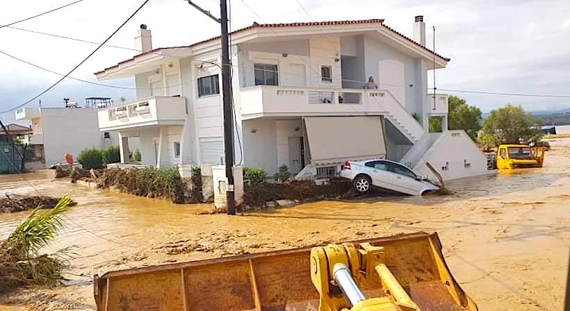 Inundații masive în Grecia: cel puțin cinci oameni și-au pierdut viața – VIDEO/FOTO