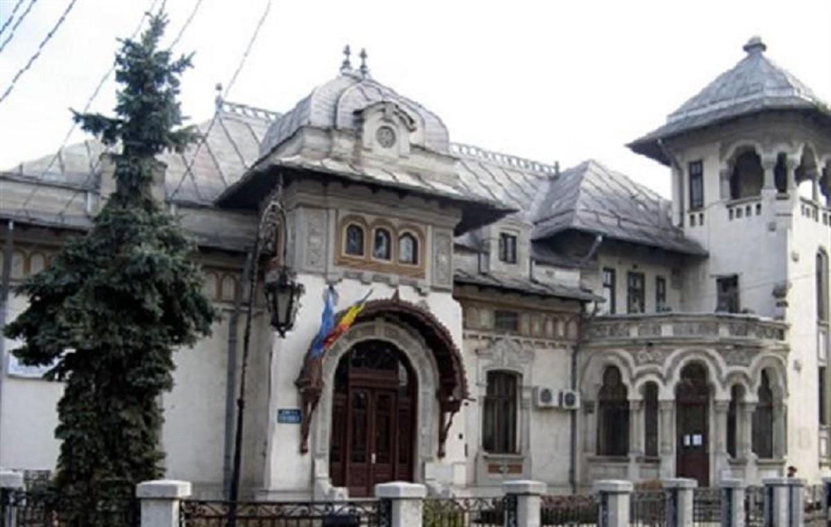 """Consiliul Județean Prahova vrea să preia Casa Căsătoriilor din Ploiești și să o transforme în Muzeul  """"Ion Luca Caragiale"""""""