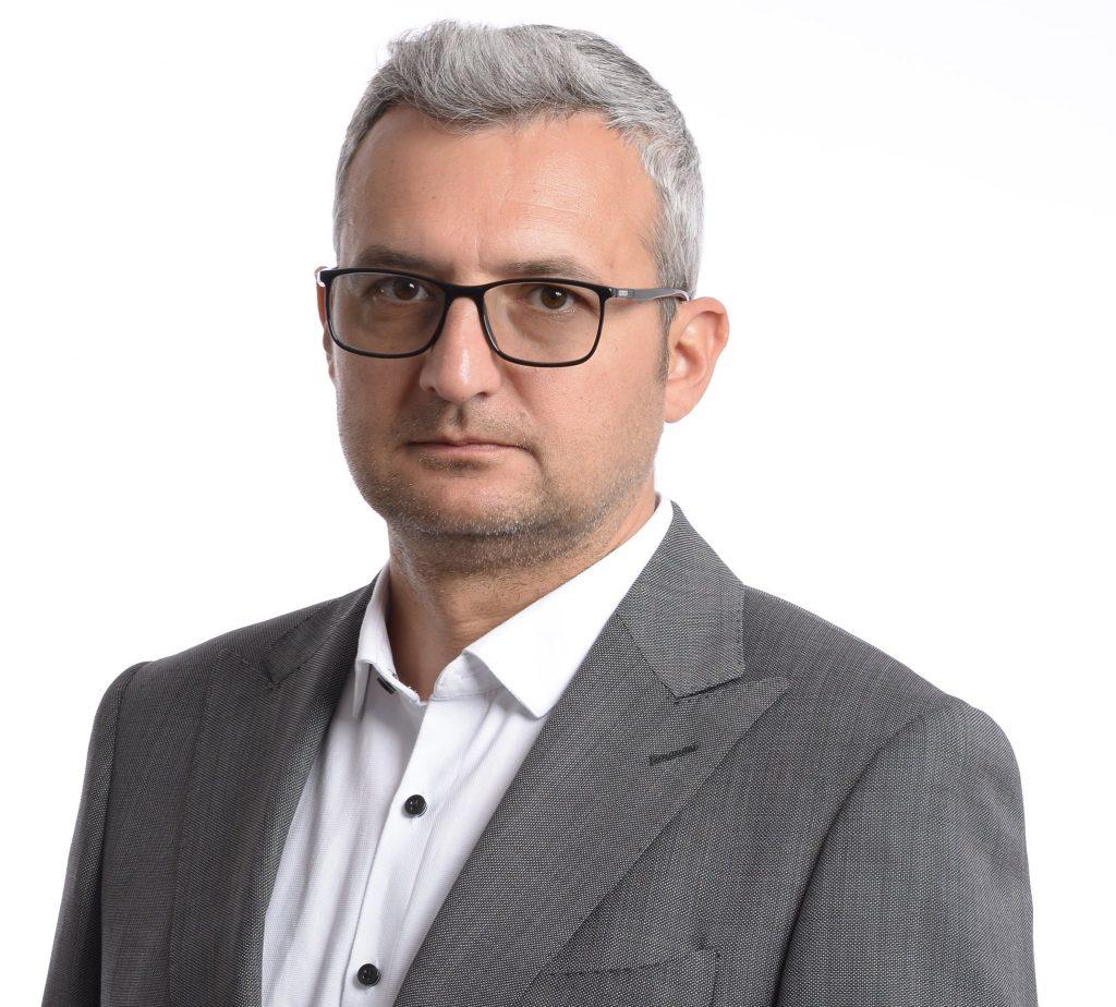 Cum a ajuns activistul de mediu Răzvan Ioniță să candideze ca independent la Consiliul Local Băicoi – Observatorulph.ro LIVE