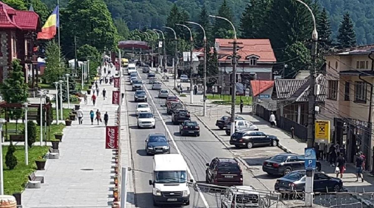 Trafic aglomerat pe DN1, de la Comarnic până la Bușteni