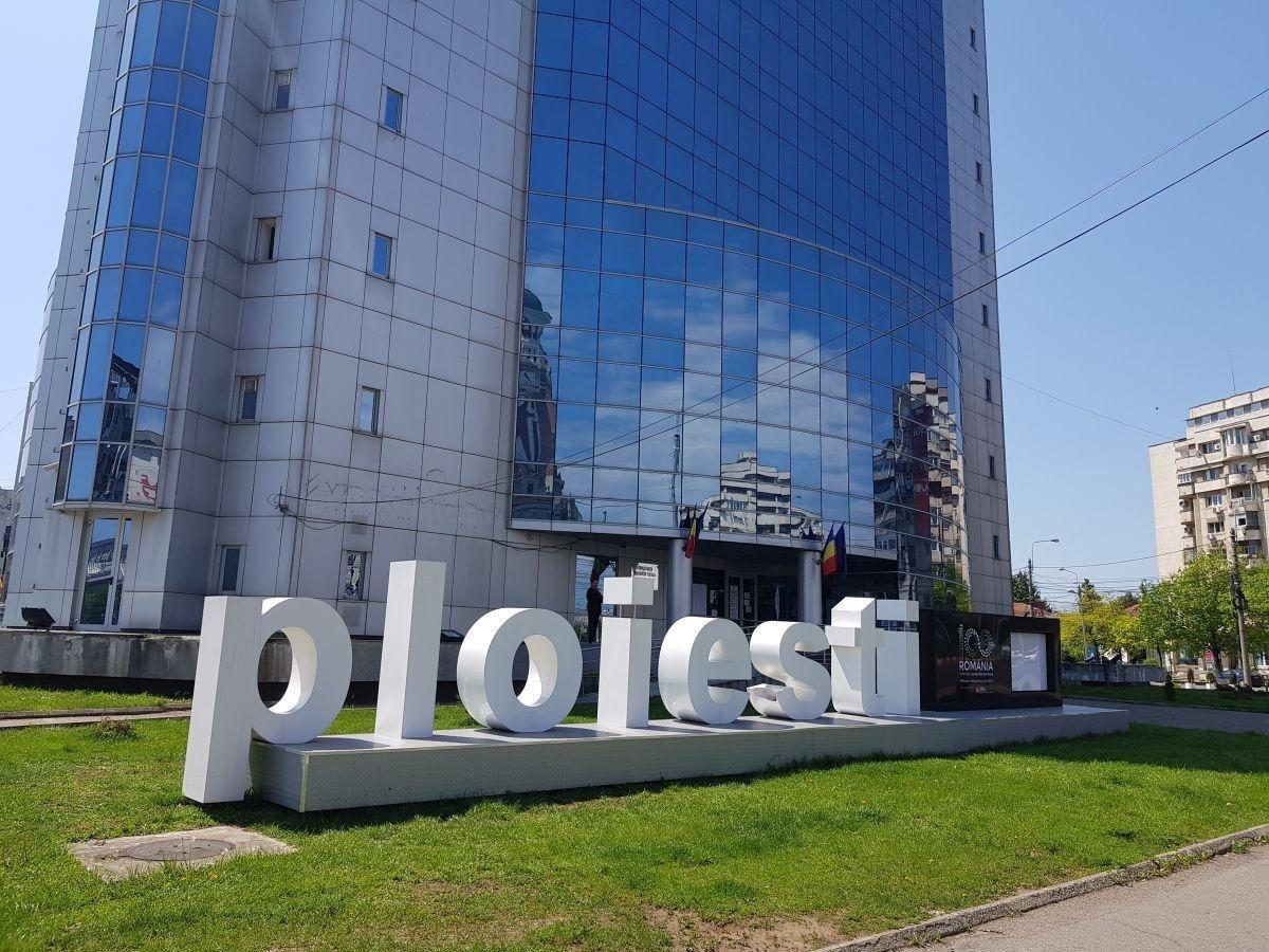 Primăria Ploiești nu renunță la schimbul de experiență la Lisabona. A reluat licitația pentru serviciile de transport și cazare