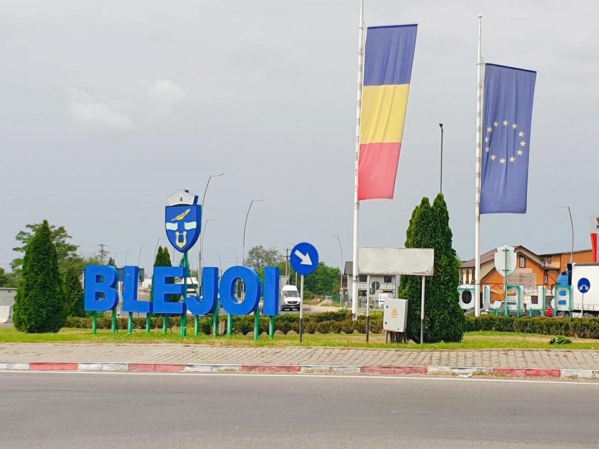 Școlile din Blejoi trec în regim on-line. Masca devine obligatorie în toate spațiile deschise