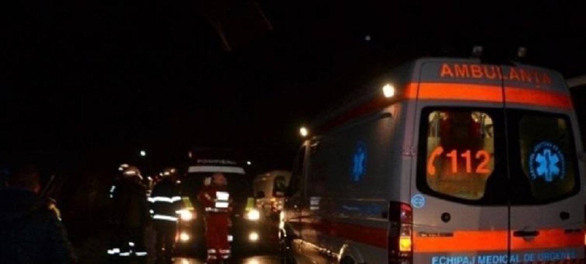 Accident grav pe DN7, în Dâmbovița. Un autoturism și un TIR au intrat în coliziune
