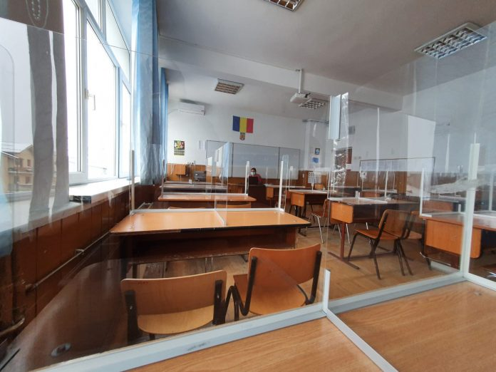 Se schimbă scenariile pentru școli. Cum vor reveni la ore elevii după Paște – DOCUMENT