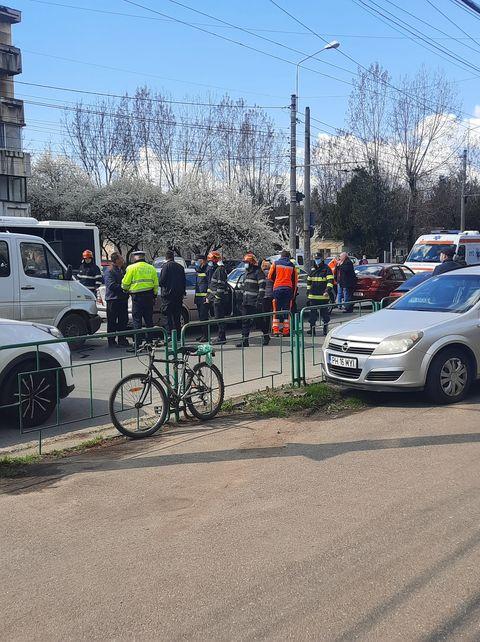 Accident în Ploiești cu 4 auto implicate, pe strada Gheorghe Grigore Cantacuzino