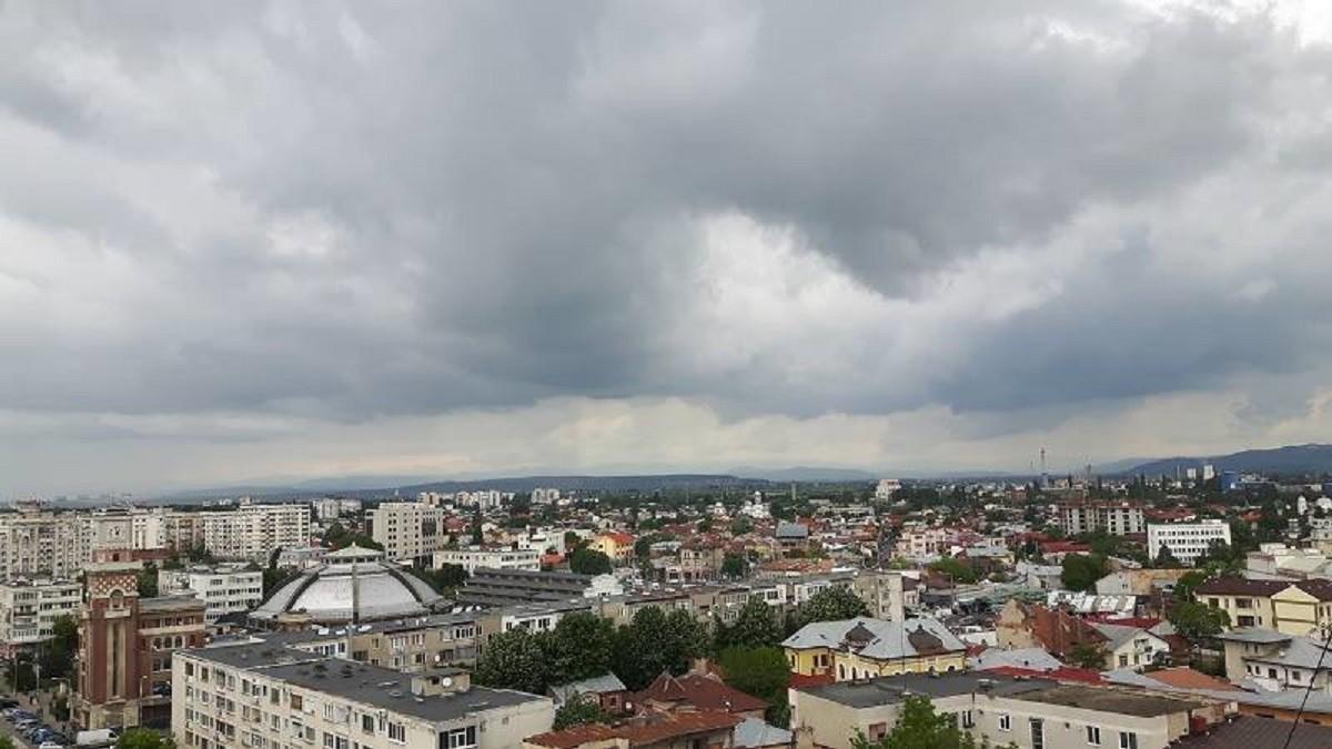 O nouă poluare cu benzen și toluen în Ploiești. Nivelul maxim admis a fost depășit de aproape 5 ori