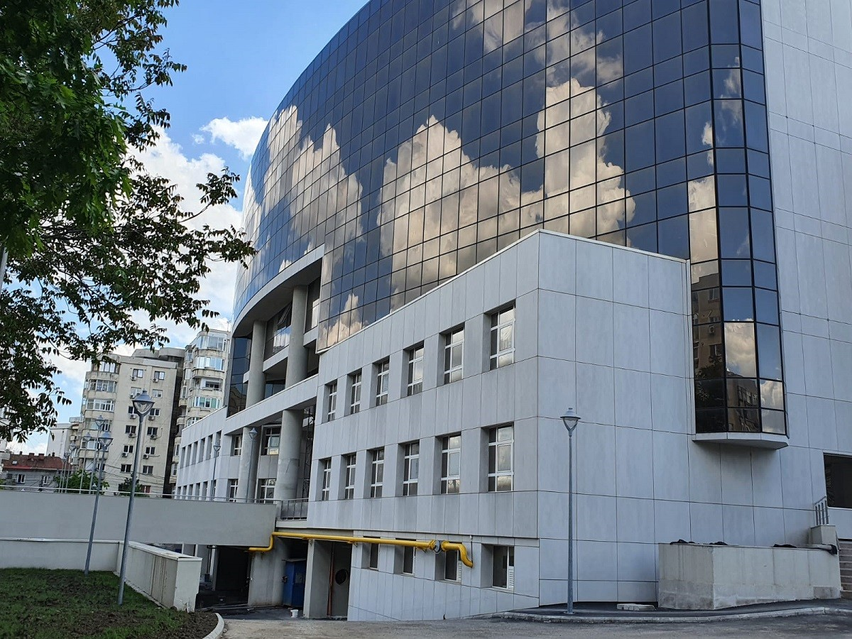Imagini cu Palatul Justiției din Ploiești. Clădirea ar putea fi dată în folosință în acest an – FOTO