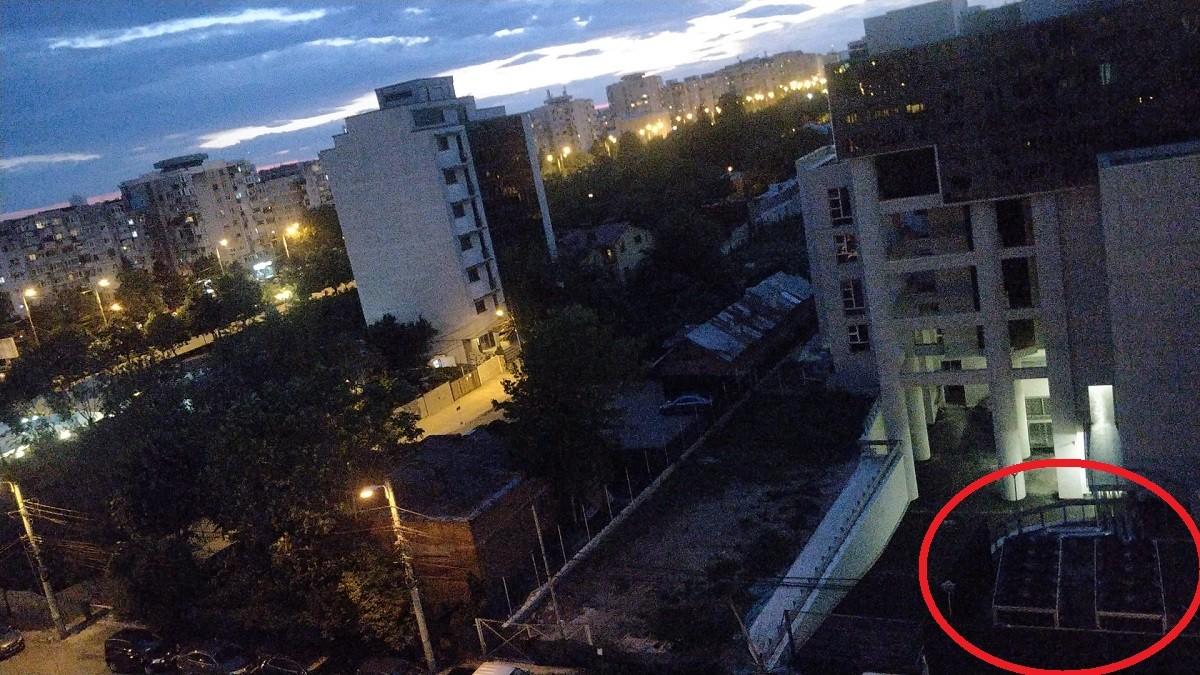 Zgomot insuportabil produs de instalația de climatizare a Palatului de Justiție din Ploiești. Locatarii din blocurile vecine sunt exasperați (audio-video)